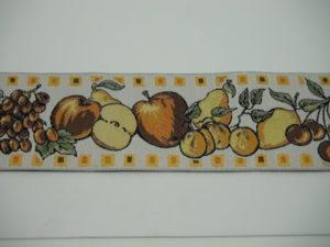 Bordo ricamato fantasia frutta 100% poliestere 5cm