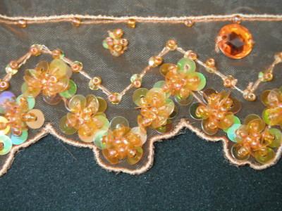Rifinitura in organza con perline e strass arancione 5cm